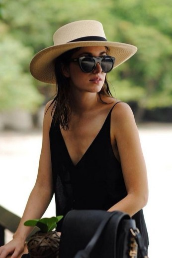 50 Ways to Protect Your Skin From The Sun With Stylish Hats 06