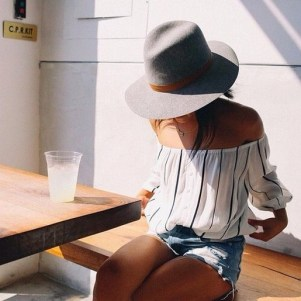 50 Ways to Protect Your Skin From The Sun With Stylish Hats 35