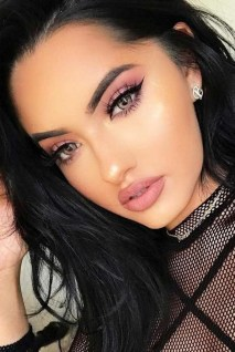 60 Lovely Makeup For Valentines Day Look Ideas 19