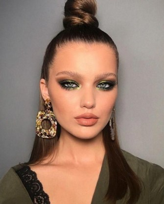 60 Lovely Makeup For Valentines Day Look Ideas 25