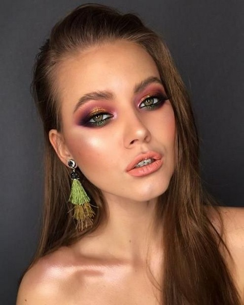 60 Lovely Makeup For Valentines Day Look Ideas 47