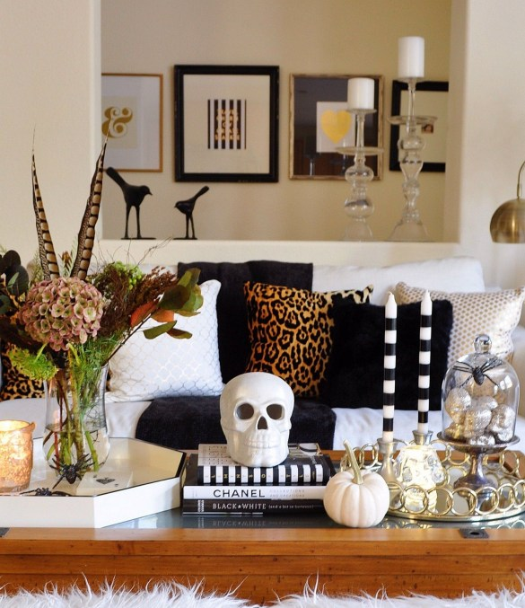 60 Nice Home Decor to Make Your House Stand Out This Halloween 01