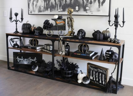 60 Nice Home Decor to Make Your House Stand Out This Halloween 36