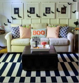 60 Nice Home Decor to Make Your House Stand Out This Halloween 38