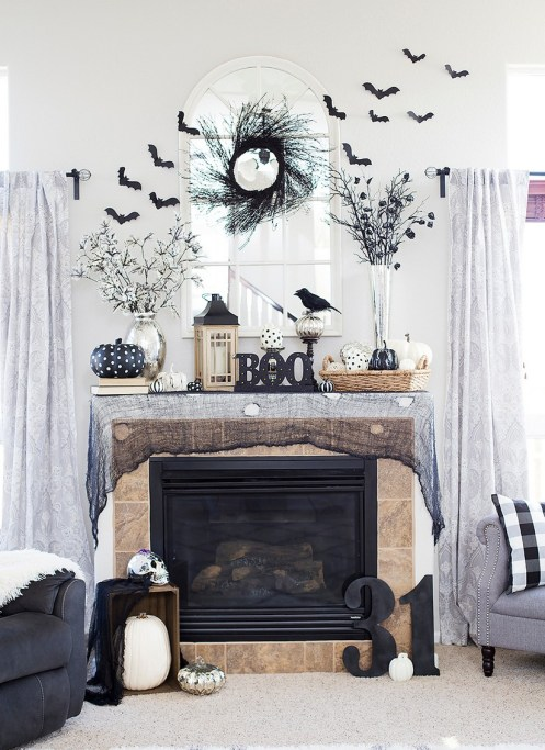 60 Nice Home Decor to Make Your House Stand Out This Halloween 48