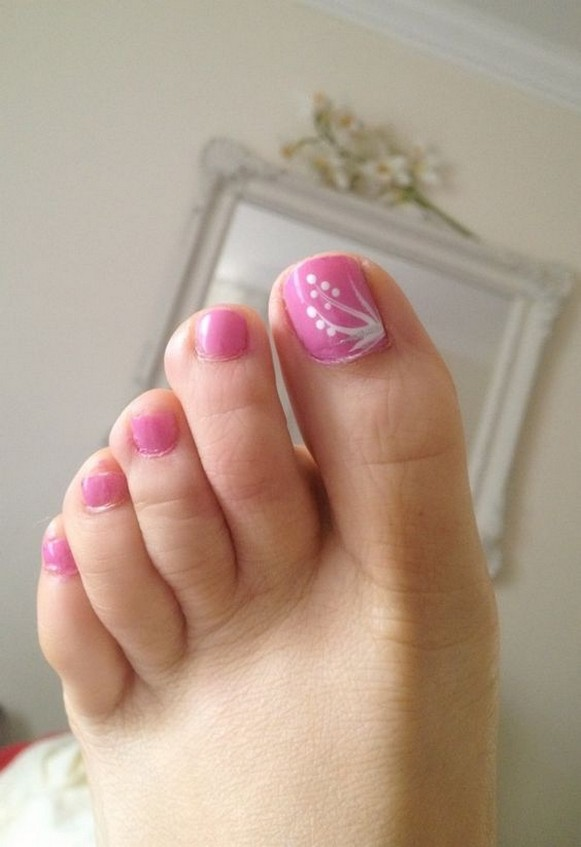 50 Ideas lovely Pink Toe Nail Art for Valentines Day 02
