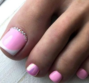 50 Ideas lovely Pink Toe Nail Art for Valentines Day 13