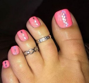 50 Ideas lovely Pink Toe Nail Art for Valentines Day 32
