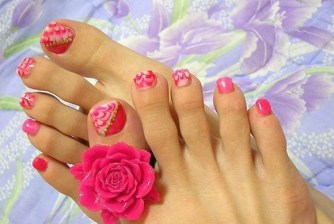 50 Ideas lovely Pink Toe Nail Art for Valentines Day 40