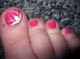 50 Ideas lovely Pink Toe Nail Art for Valentines Day 43