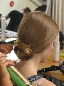 50 Stunning Classy Clean Bun Hairstyles Ideas 07