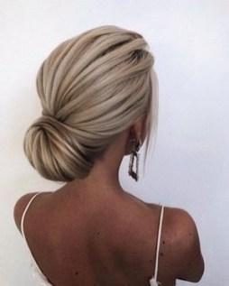 50 Stunning Classy Clean Bun Hairstyles Ideas 19