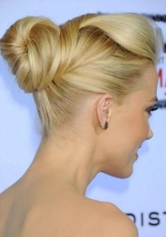 50 Stunning Classy Clean Bun Hairstyles Ideas 25