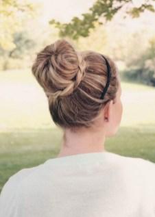 50 Stunning Classy Clean Bun Hairstyles Ideas 34