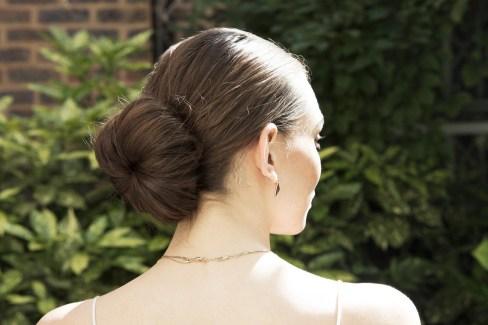 50 Stunning Classy Clean Bun Hairstyles Ideas 40