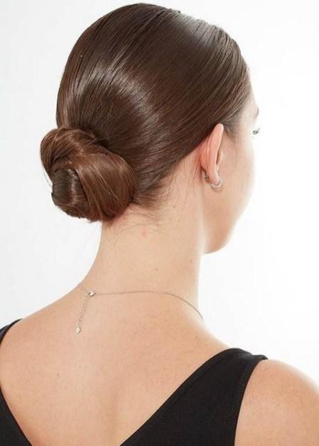 50 Stunning Classy Clean Bun Hairstyles Ideas 52