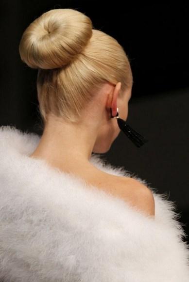 50 Stunning Classy Clean Bun Hairstyles Ideas 56