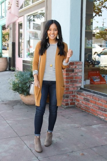 60 Stylish Cardigan Outfit Inspiration for Work 19