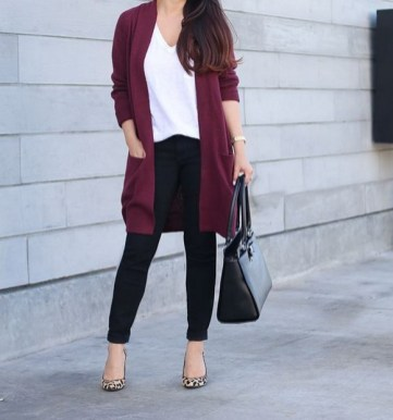 60 Stylish Cardigan Outfit Inspiration for Work 22