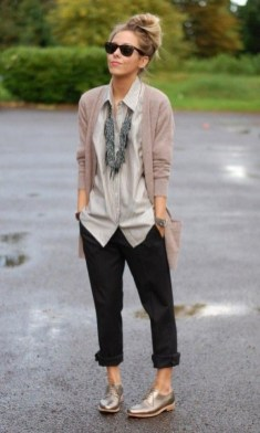 60 Stylish Cardigan Outfit Inspiration for Work 24