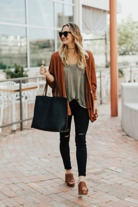 60 Stylish Cardigan Outfit Inspiration for Work 26