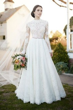 60 Victorian Styles Neckline for Wedding Dress Ideas 02