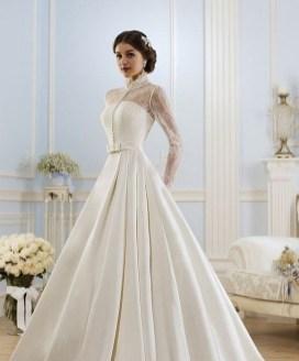 60 Victorian Styles Neckline for Wedding Dress Ideas 10