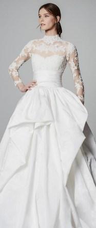 60 Victorian Styles Neckline for Wedding Dress Ideas 25