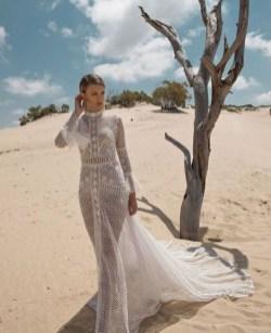 60 Victorian Styles Neckline for Wedding Dress Ideas 27