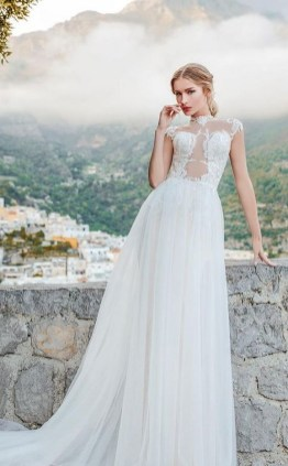 60 Victorian Styles Neckline for Wedding Dress Ideas 40
