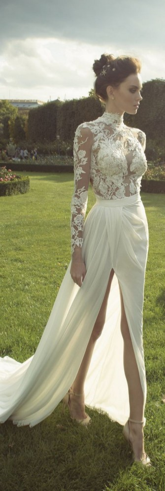 60 Victorian Styles Neckline for Wedding Dress Ideas 47