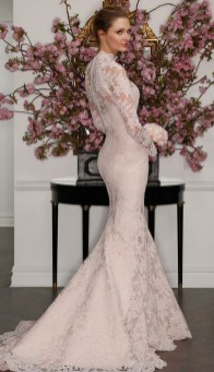 60 Victorian Styles Neckline for Wedding Dress Ideas 52