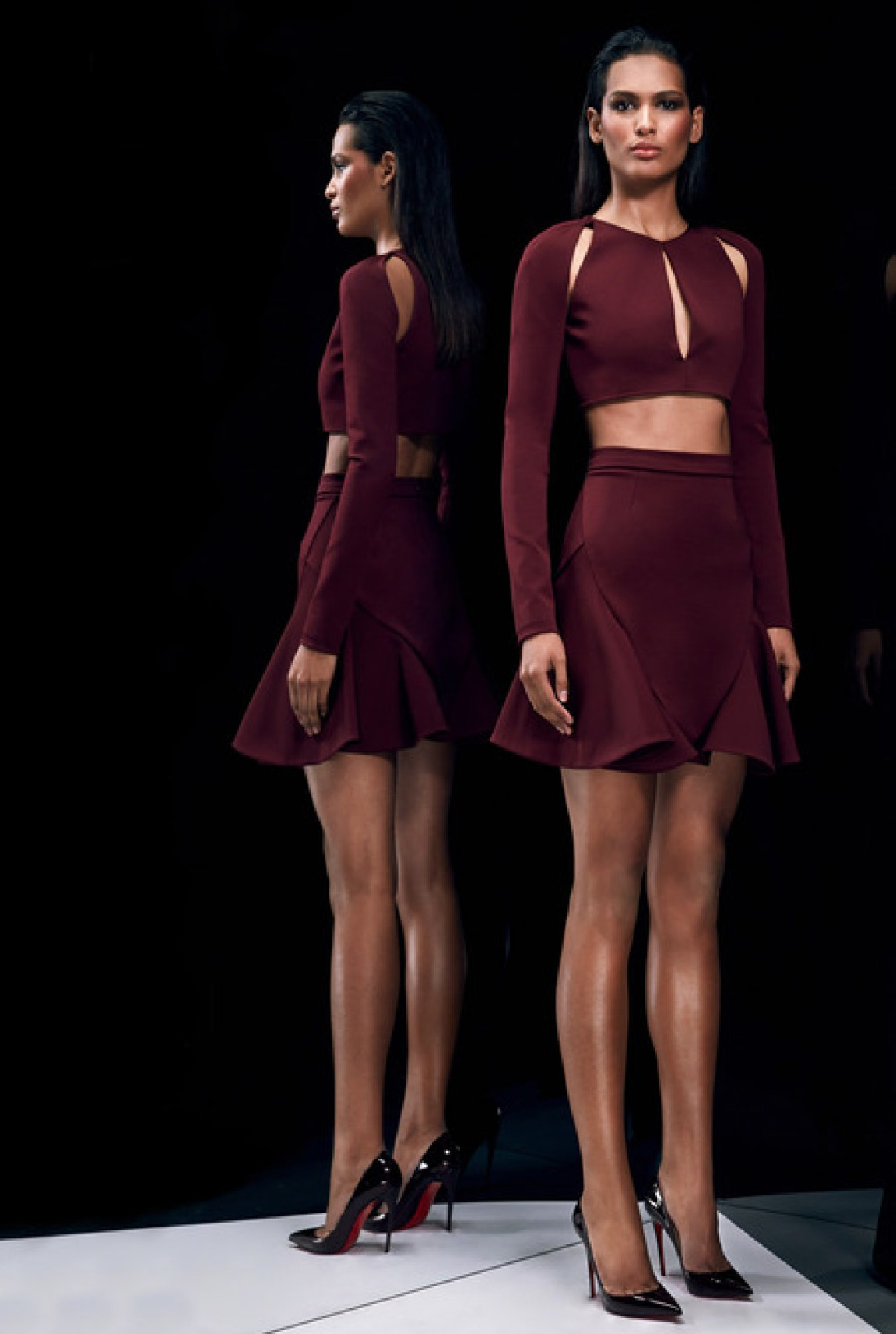 Cushnie-et-Ochs-pre-fall-2014_latest-designer-collections_regal-fashion-trends_delicate-style_high-end-fashion-bloggers-australia_luxury-bloggers-australia_top-fashion-bloggers-australia_best-fashion-editorials_2014_laser-cut-fashion-trend_tummy-showing-trends_maroon-suit