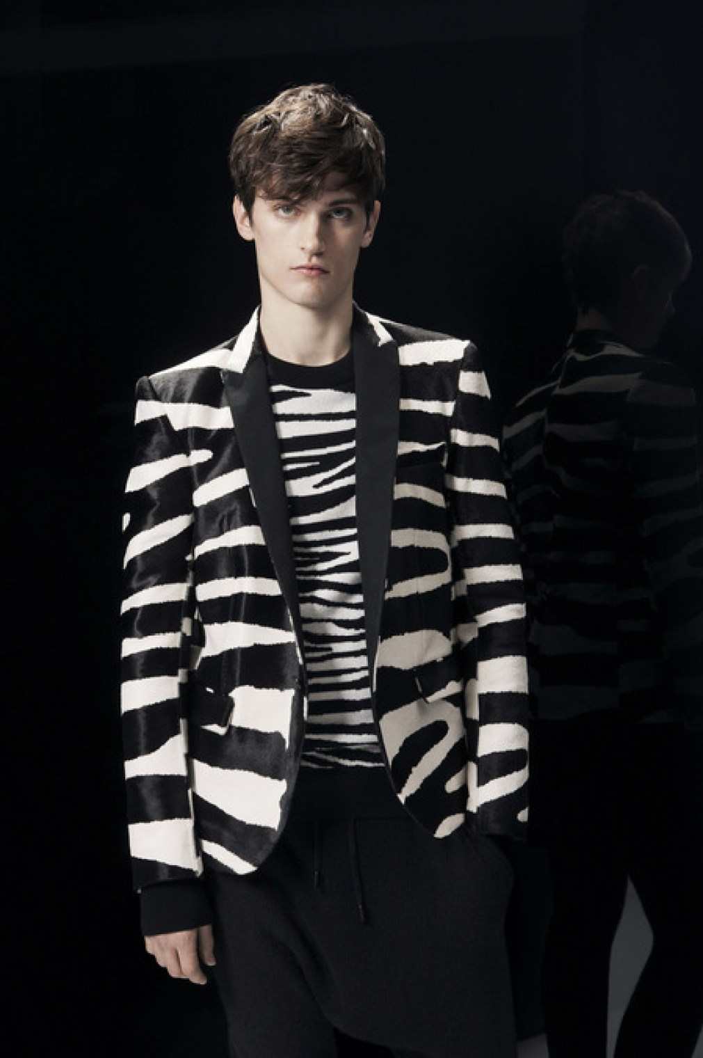 Balmain-FALL-2014-MENSWEAR_best-menswear-collections-2014_zebra-print-menswear_mens-printed-sports-jackets_good-looking-male-models_best-menswear-blogs-melbourne-australia