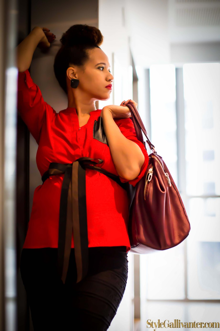 top-african-fashion-style-bloggers_black-fashion_easy-everyday-bun-hairstyle_professional-maternity-wear_office-style-for-pregnancy-17