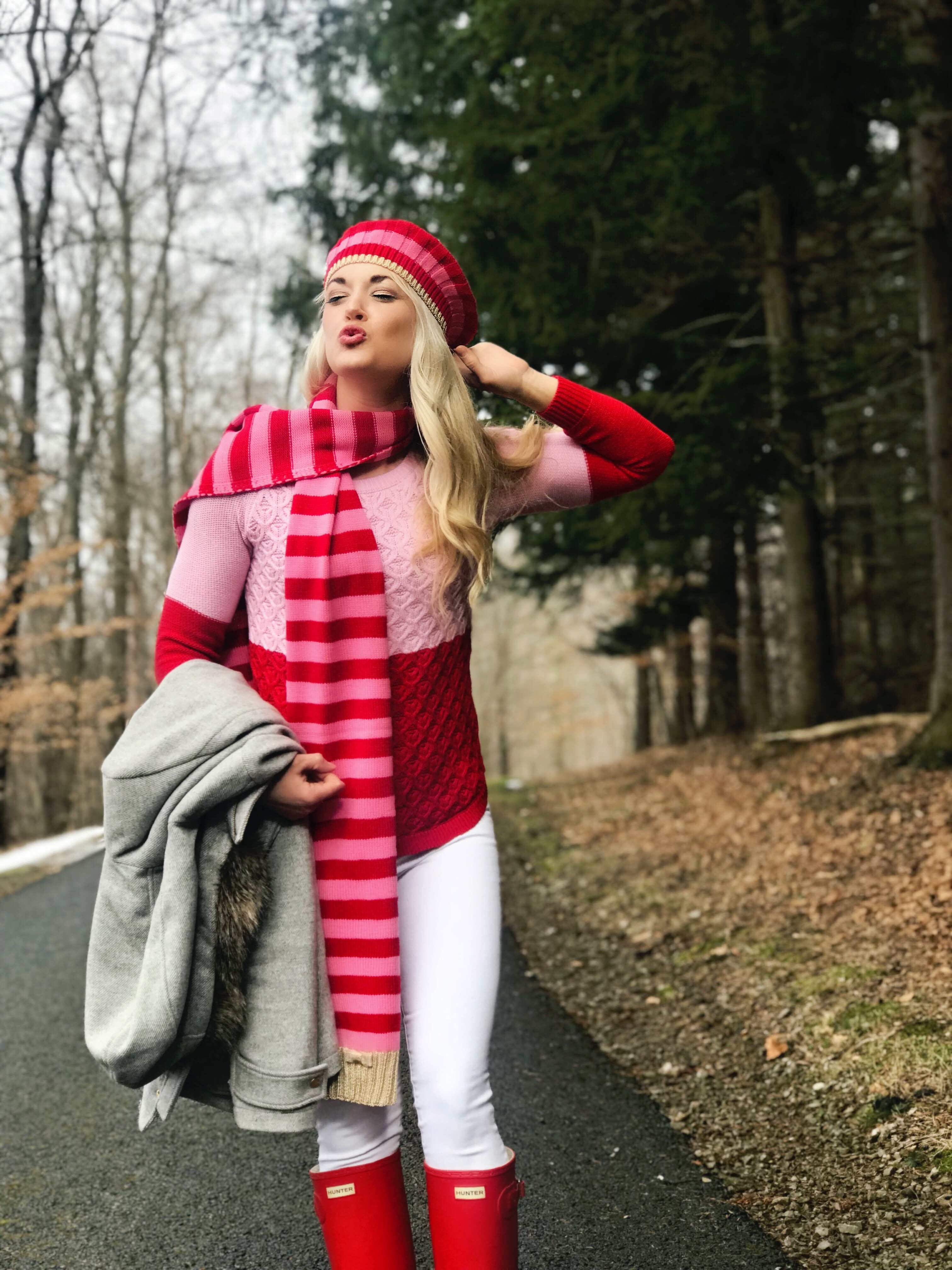 Color Block Sweater | Beret | Valentine's Day Outfit | www.styleherstrong.com