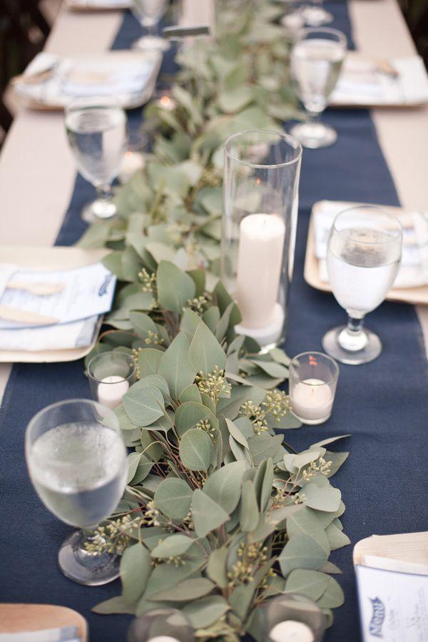 Caminos de mesa de flores Decoracin Flores  Confesiones de una Boda
