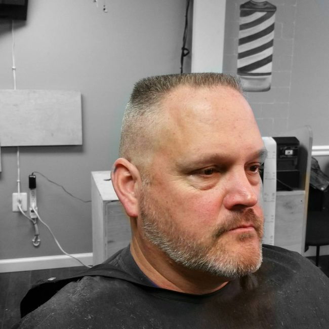 The Flat Top Haircut Is One Of The Most Basic Barber Haircuts With That Said Does Not Mean Easy You Are Creating A Square Shape On Round Object