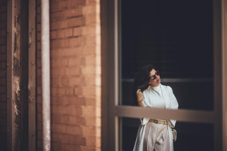 saniya-maskatiya-pants-pearls-white-vera-moda-cape-spring-fling-pakistani-designer-zara-fusion-2