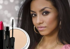 Makeup Tips for Dark Skin Tones