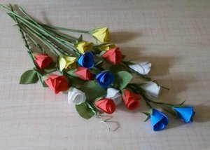 How-to-make-colorful-paper-rose