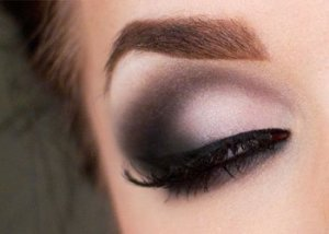 Eyeliner Tips to Create Smoky Eyes
