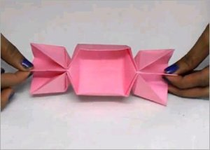 Paper-candy-box-for-kids