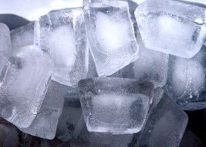 Ice-cubes-remedies-to-get-rid-of-pimples