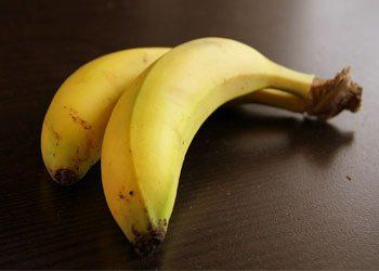 Banana-dry-hair-remedies