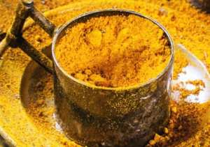Turmeric remedy for acne and pimples