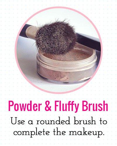Powder And Fluffy Brush