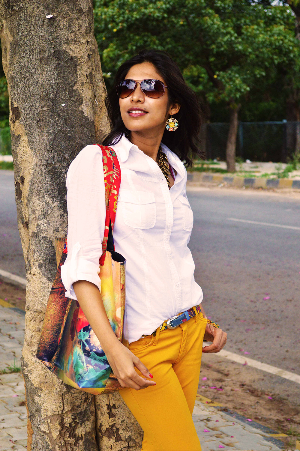 White Shirt, Fashion Blogger, Beauty, Yellow Jeans, Fashion, Style, Photography, mustard yellow-1