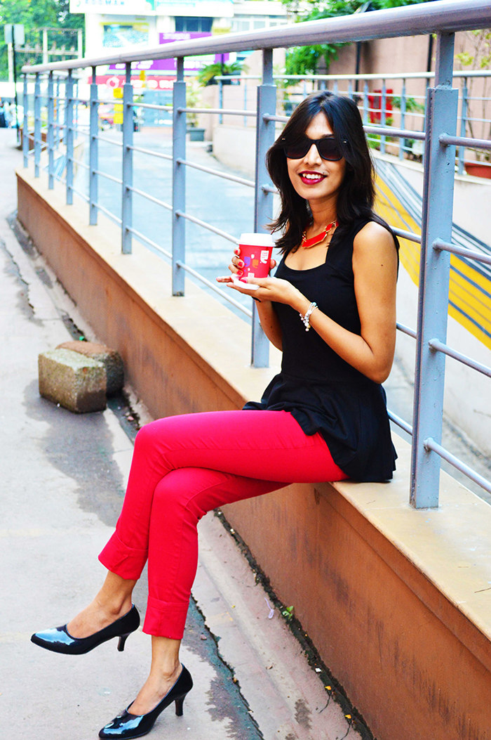 Fashion, Style, Fashion Blogger, Black peplum Top, Red Jeggings, Wayfarer Sunglasses, Fashion Photography, Coffee, Black Heels