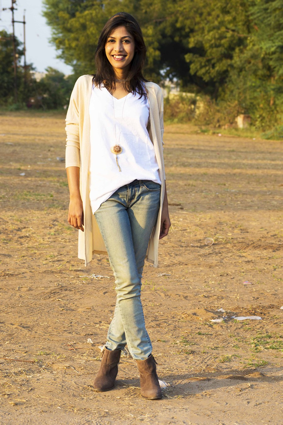 Fashion, Style, Indian Fashion Blogger, Street style, beige shrug, shimmer style, summer fashion, white tee-7